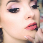 Beauté: comment bien choisir ses faux cils?