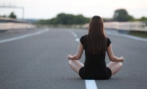 Méditation et stress: pourquoi vous devriez méditer?
